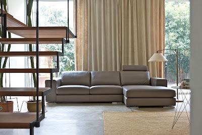 Divani e divani letto su misura divani su misura in pelle for Vendita divani