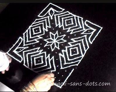 lotus-shaped-rangoli-0812c.jpg