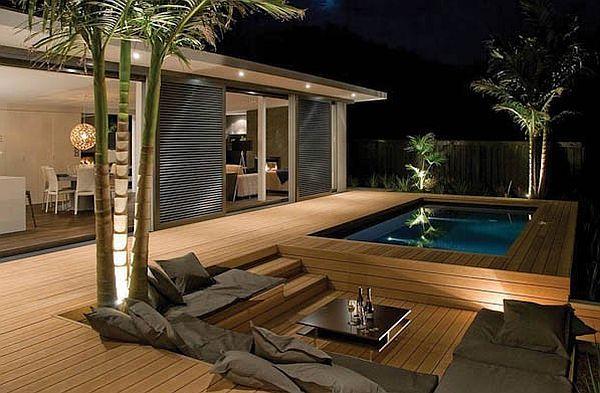 Restyling giardino con intervento di trutture e arredamenti per esterno in legno