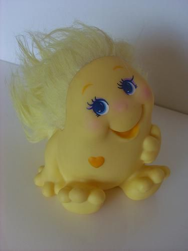 yellow snugglebum 80s toy