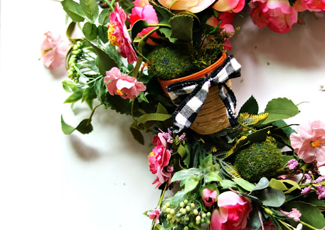 wreath, homedecor, decorating, handmade, simple, spring, athomewithjemma