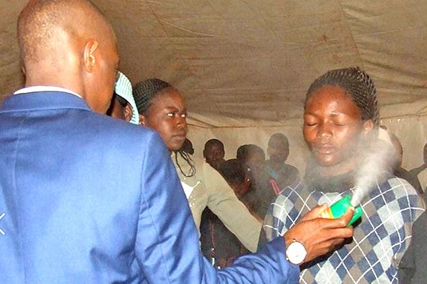 South African, Pastor Penuel Mnguni Makes His Congregation