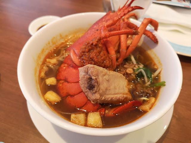 Maine Lobster Penang Hokkien Mee