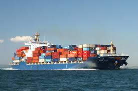 Jenis Kapal Menurut Bahan dan Alat Penggeraknya, kapal container