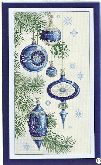 Schema natalizio per realizzare un quadro con addobbi  blu a punto croce per abbellire la tua casa durante le feste