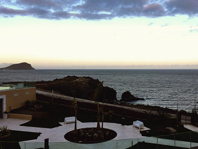 uitzicht zee hotelkamer Tenerife
