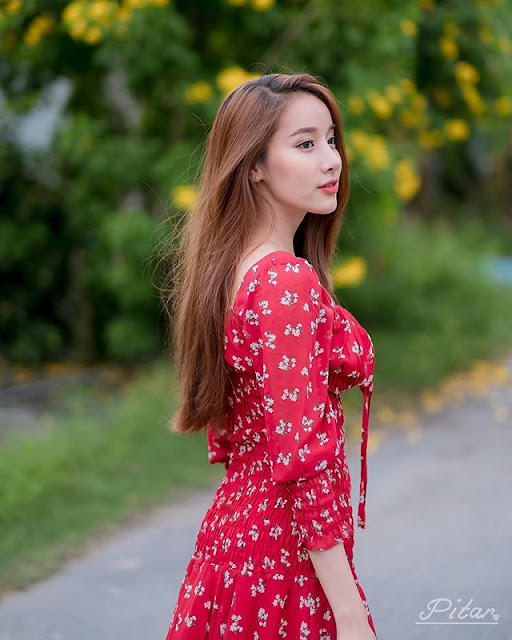 PICHANA YOOSUK Photos