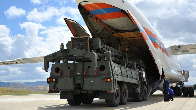 """وكالة أمريكية تحدد ماهية العقوبات التي قد تفرضها واشنطن على أنقرة بعد صفقة """"إس-400"""""""