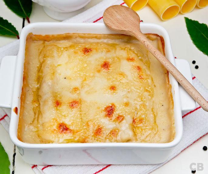 Cannelloni met bechamelsaus, vers uit de oven!