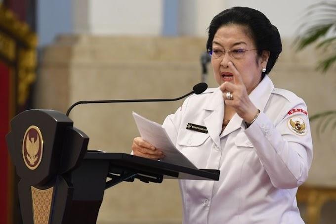 Megawati Perintahkan Presiden Jokowi Cari Pengganti KH. Ma'ruf Amin