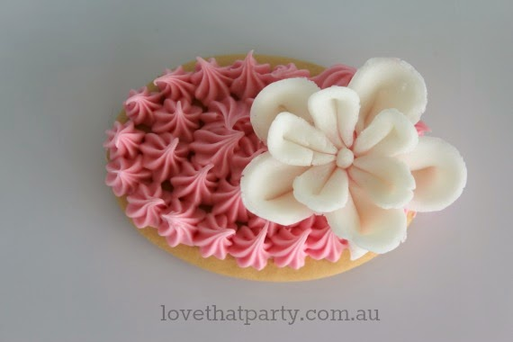 So sweet. DIY really easy cookies - no bake, just decorate. Kids Party Ideas via Love That Party. www.lovethatparty.com.au