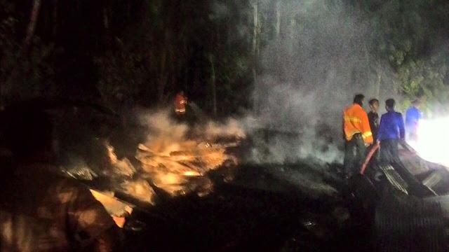 Gagara Lebah, Rumah dan Uang 20Jt di Soppeng Hangus Terbakar