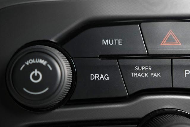 Dodge Chellenger R/T Scat Pack 1320
