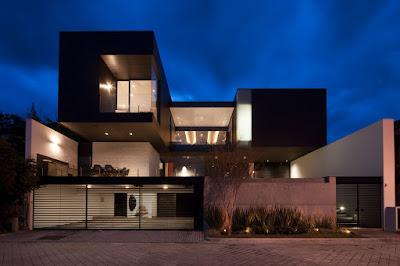 Desain Pagar Rumah Mewah