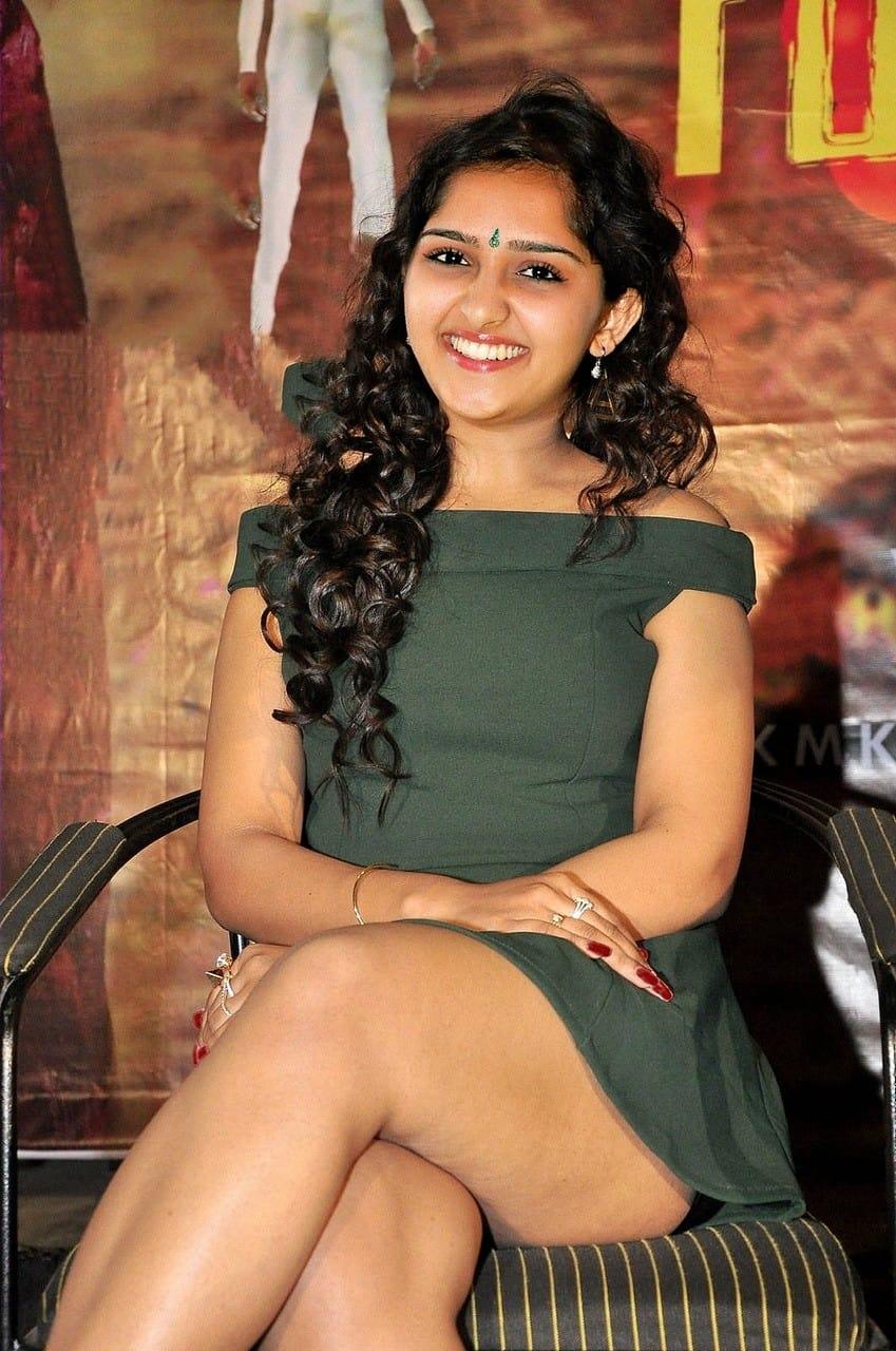 Sanusha Santhosh Sexy Thigh Photos