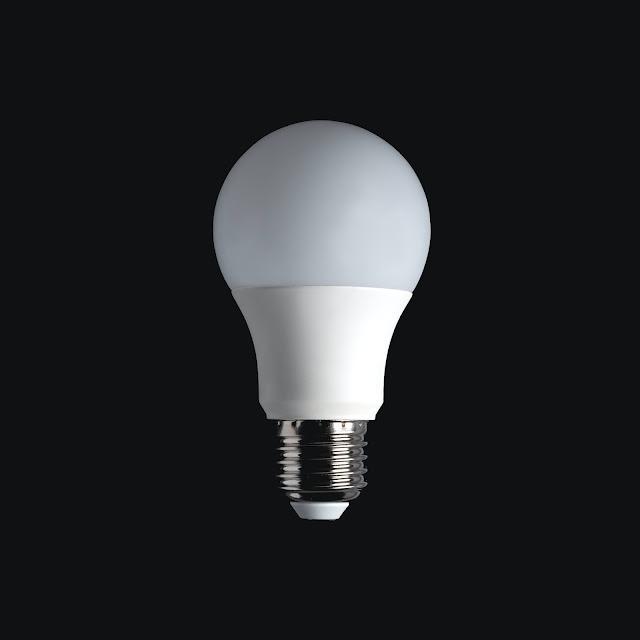 light bulb:Photo by Federico Bottos on Unsplash