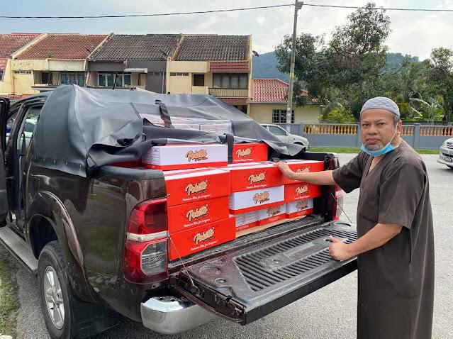 Menguruskan tempahan pelanggan yang telah membeli Poketto By Uncle Hashim