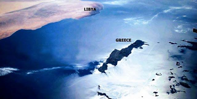 """""""Τιτίβισμα"""" του στρατάρχη Χάφταρ για την απουσία της Ελλάδας από τη Διάσκεψη"""