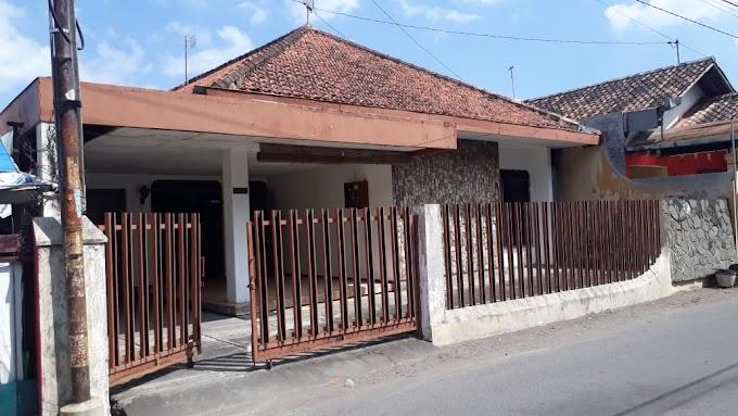 Rumah Klasik Tengah Kota Pinggir Jalan Seputar Prawirotaman Mantrijeron