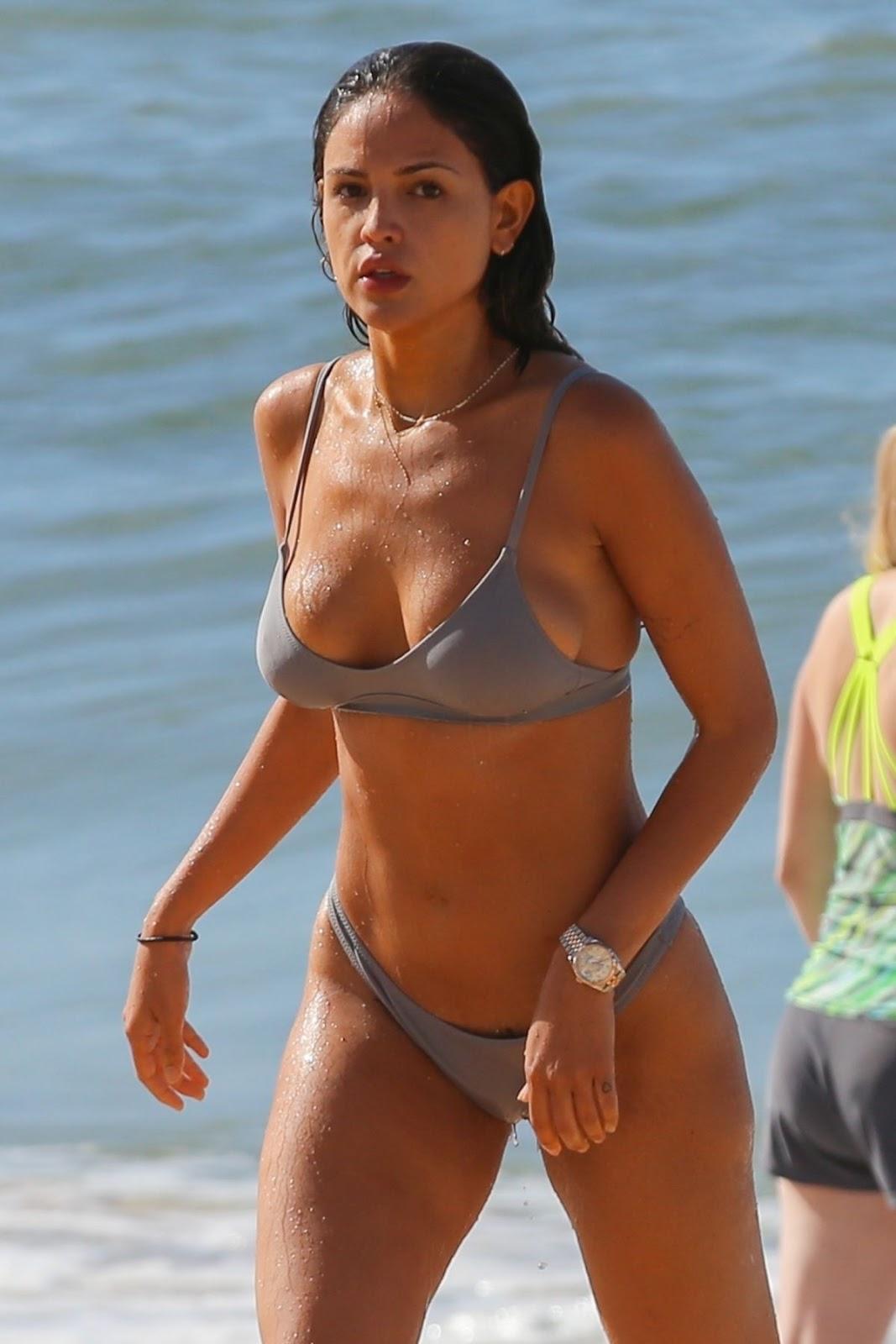 Eiza Gonzalez in Bikini at a Beach in Hawaii 11/18/2018