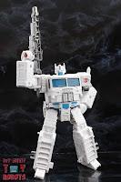 Transformers Kingdom Ultra Magnus 41