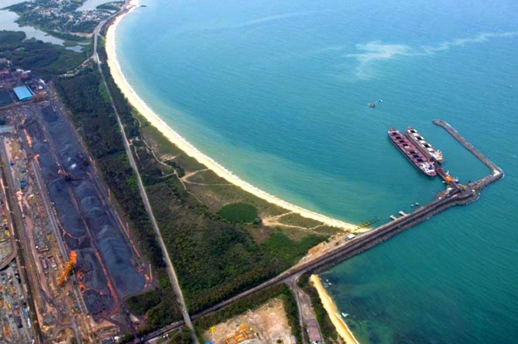 Os portos privados movimentaram mais nos primeiros quatro meses