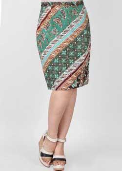Model rok batik pendek span