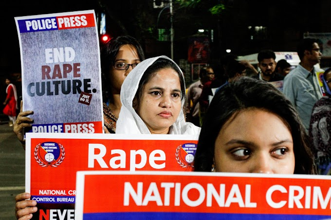 """Mum """"gang-raped"""" in front of helpless husband and children by armed robbers in India"""