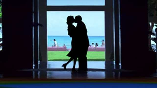 PUNCH DRUNK LOVE (2002)
