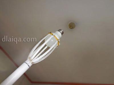 Tongkat Pemasang Lampu Rumah Sederhana