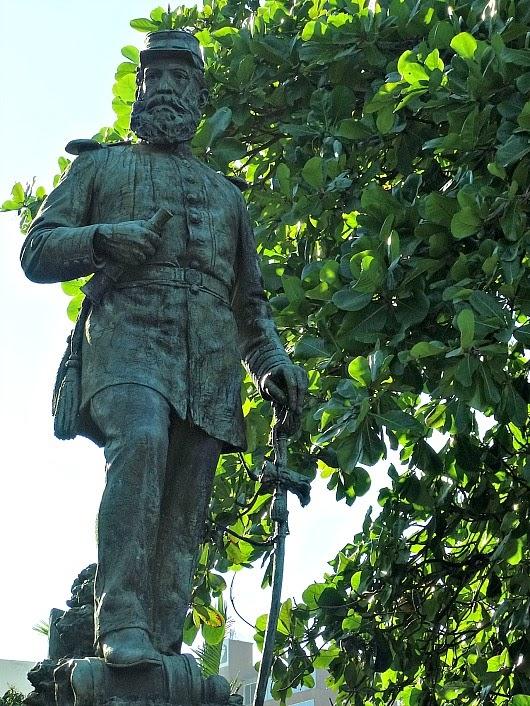 Estátua de Fernando Machado, Florianópolis