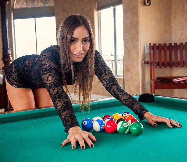 Desiree Dulce Hot & Sexy Pics