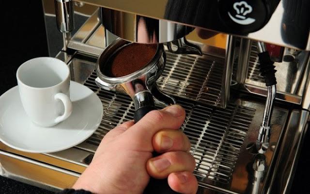 Ζητείται από εταιρεία εξωτερικός πωλητής καφέ