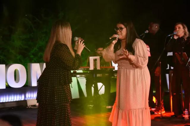 Sarah Farias lança EP com canções da live MK 10 Milhões