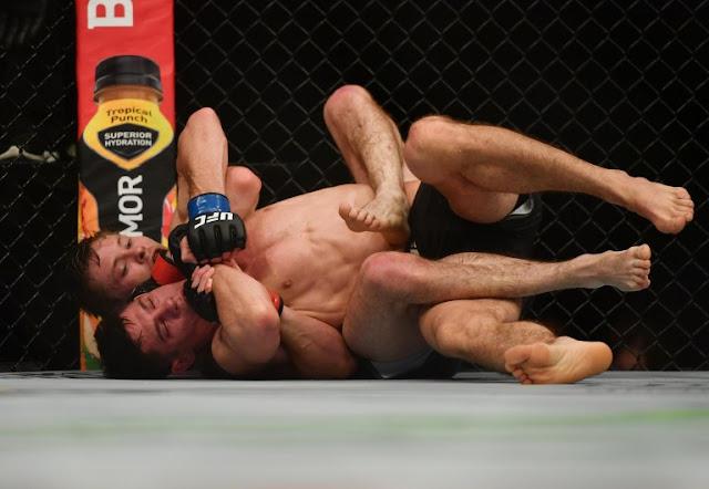 Bryce Mitchell chokes Charles Rosa UFC 249