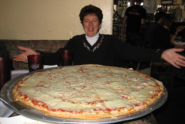 World S Biggest Pizzas Pictures Hot And Cool Wallpapers