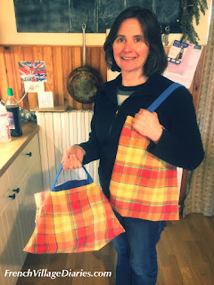 French Village Diaries community sewing sac a tarte tote bag