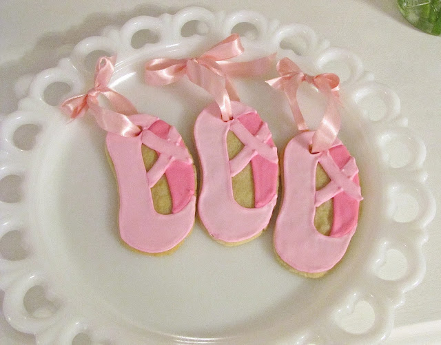 ballerina slipper sugar cookies