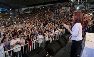 """El próximo 20/6 Cristina Fernández de Kirchner presentará oficialmente el Frente Ciudadano en el Estadio de Sarandí donde será la única oradora. Desde La Cámpora lo viven como una verdadera """"misa cristinista"""". En el mismo, la ex Presidenta confirmará su candidatura (o no) en las próximas elecciones legislativas."""