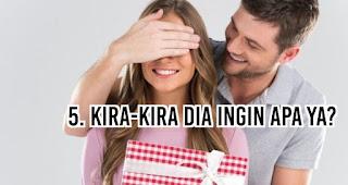 Kira-Kira Dia Ingin Apa Ya?