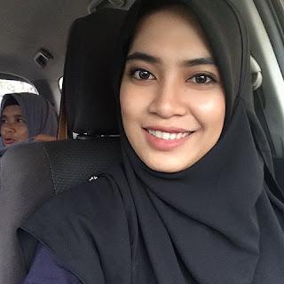 Selamat Hari Jadi Emak HanaTajuddin
