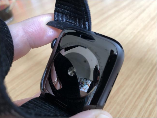 أعد تجميع Apple Watch من خلال إعادة ضبط الشريط