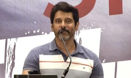 Tamanna's argument with Vijay! Sketch Sucess Meet