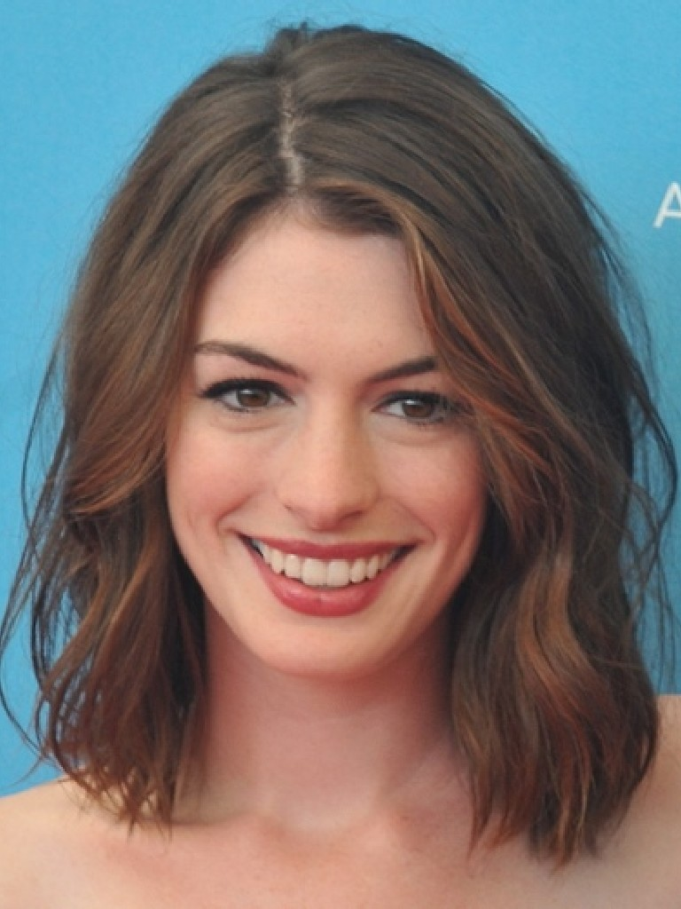 in style haircuts 2015 actrices de 2012 hataway jacqueline 1983 | Anne Hathaway Hairstyles 2012 22