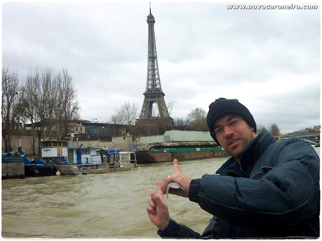 Vedettes du Pont Neuff, por novocaroneiro.com