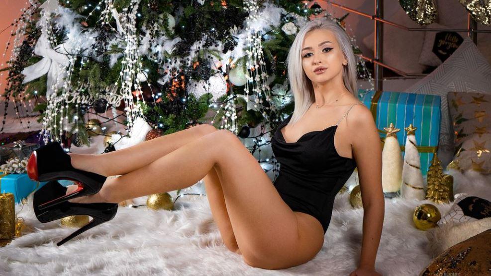 KylieJones Model GlamourCams