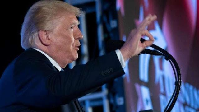 """""""Η αργή πορεία σύγκρουσης του Τραμπ με τη Δημοκρατία"""""""