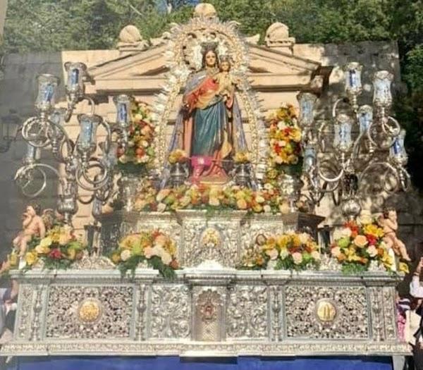 Manuel Elvira pregonero a María Auxiliadora de la Alhambra