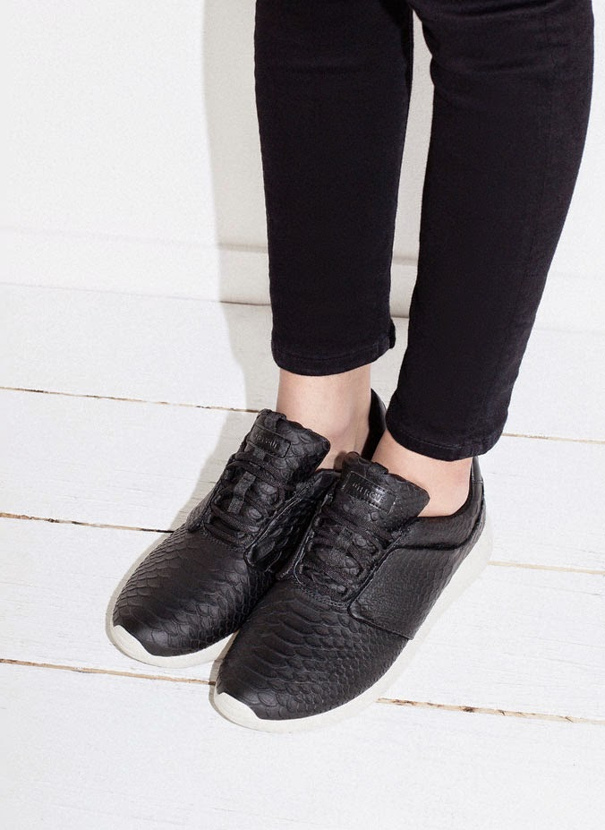 Sneakers_serpiente_run_Uterqüe