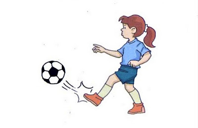 Mengoper/passing bola futsal dengan ujung kaki